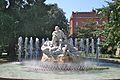 Fontaine de la place Wilson.jpg