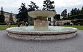 Fountain of the Garden Square in Vatican.jpg