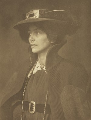 James Craig Annan - Image: Frau Mathasius James Craig Annan (Scottish, 1864 1946) Paul Getty Museum