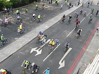 The London Freewheel - London Freewheel 2008, seen from Hungerford footbridge