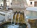 Fuente de la plaza de Yélamos de Arriba.JPG