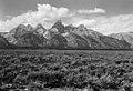 GRTE Teton Range (27511331836).jpg