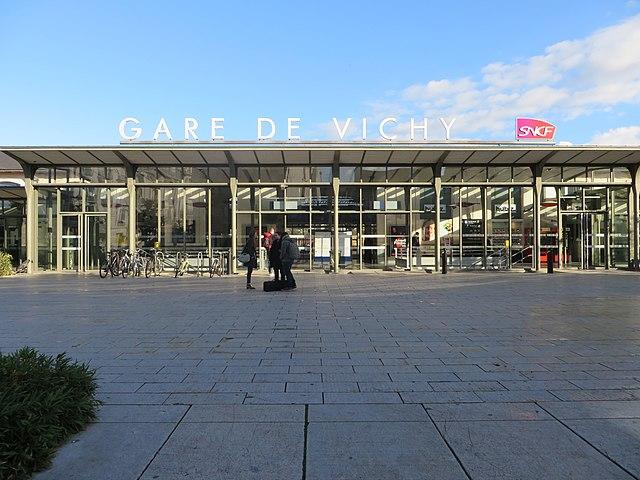 Bâtiment voyageurs de la gare de Vichy