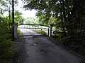 Geheimnisvolles Tor im Wald - panoramio.jpg