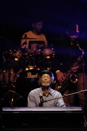 Gil Scott-Heron - Scott-Heron performing at the Regency Ballroom in San Francisco, 2009