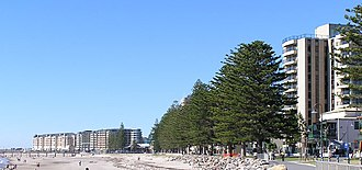 Holdfast Bay - Looking north along the beach at Holdfast Bay to Glenelg