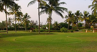 Part of a golf course in western India Golfveld.jpg