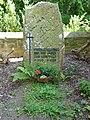 Grabmal Jäger aus Kurpfalz - panoramio.jpg
