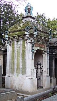 Grave of Hector Lefuel - FindAGrave amy7252.jpg