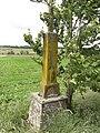 Hérange (Moselle) croix de chemin.jpg