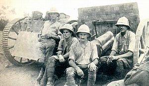 South Arabia during World War I - Gunners of B Battery, Honourable Artillery Company (HAC) at Sheik Othman, 1915