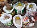 HK MK 旺角鮮菜肉食街市 Mongkok outdoor food market 亞皆老街 Argyle Street 奶路臣街 Nelson Street 廣東道 Canton Road in March 2020 SS2 02.jpg