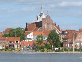Haderslev - Haderslev Cathedral seen from the inner pond