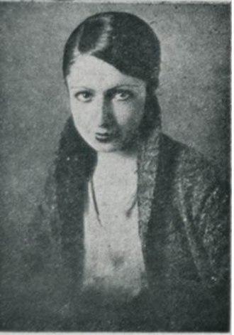Turkish women in fine arts - Hale Asaf