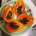 Halved papayas.jpg
