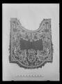 Handhästtäcke, ur en svit om 30 st med svenska riksvapnet och Karl XIs namnchiffer - Livrustkammaren - 34870.tif