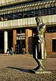 Heinrich-Heine-Denkmal, Universitaets- und Landesbibliothek Duesseldorf 1.jpg