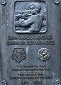 Helsingfors Soldatgossar och Flicklottor, minnesplakett 1941-1944, Norra Hesperiaparken 15, Helsingfors.jpg