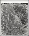 Het gebombardeerde vliegveld Soesterberg.jpg