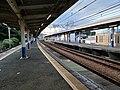 Horinouchi Station platform20200802.jpg