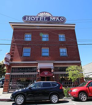 Hotel Mac - Image: Hotel Mac Front View