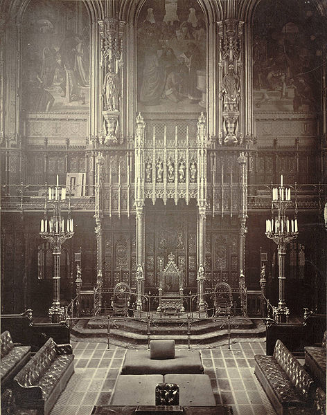 Archivo:House of Lords, throne.jpg