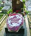 Hrob Envera Hodzi na hlavnim tiranskem hrbitove.jpg