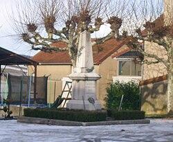 IMG Monuments aux morts de Saint-Denis-de-Vaux.JPG