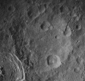 Ibn Firnas (crater) - Image: Ibn Firnas crater AS16 M 1869