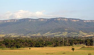 Illawarra escarpment - An early morning view of the Illawarra escarpment west of Albion Park (20 km south of Wollongong)
