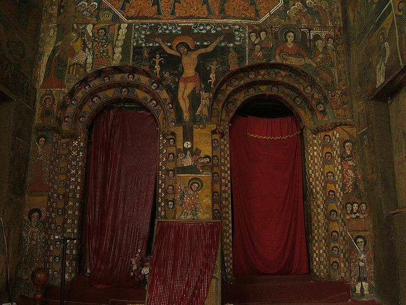 Archivo:Inside Debre Berhan Selassie church, Gondar, Ethiopia.jpg