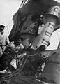Inspection of HMS E.13.jpg