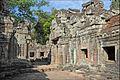 Intérieur du temple (Preah Khan, Angkor) (6800765996).jpg