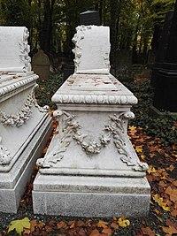 Jüdischer Friedhof Schönhauser Allee Berlin Nov.2016 - 38.jpg