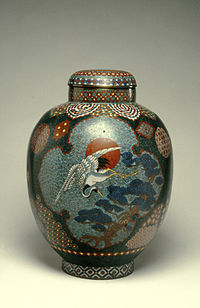 Japanese - Covered Jar with Crane - Walters 44539 (2).jpg