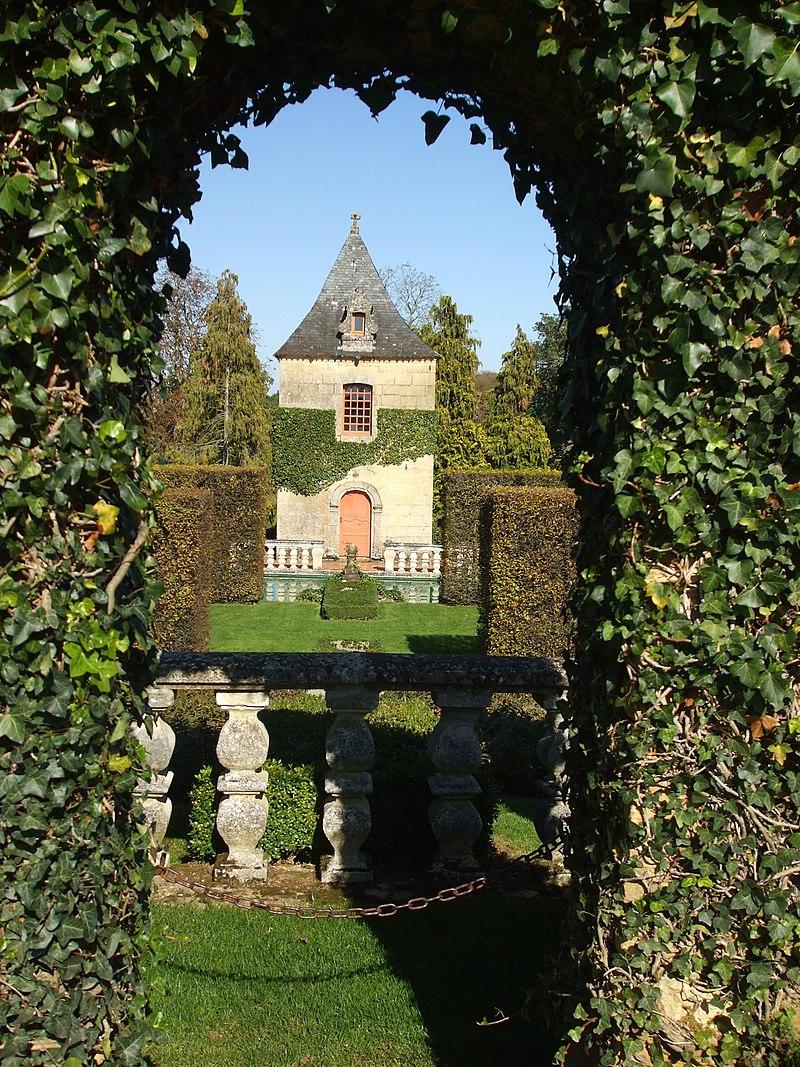 Jardins et manoir d'eyrignac.JPG