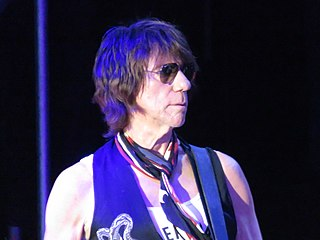 Jeff Beck English rock guitarist