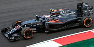 McLaren MP4-31 - Image: Jenson Button 2016 Malaysia FP2