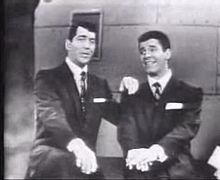 O actor estatounitense Jerry Lewis chunto con Dean Martin.