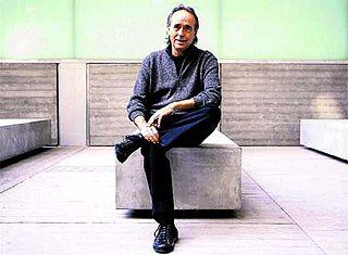 Joan Manuel Serrat Spanish singer-songwriter