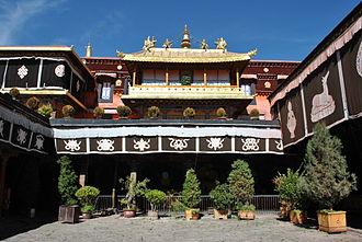 Jokhang - Jokhang temple courtyard, 2013