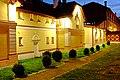 Karlovy Vary Dvory hotel U Šimla.jpg
