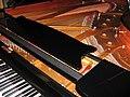 Klavir2.jpg