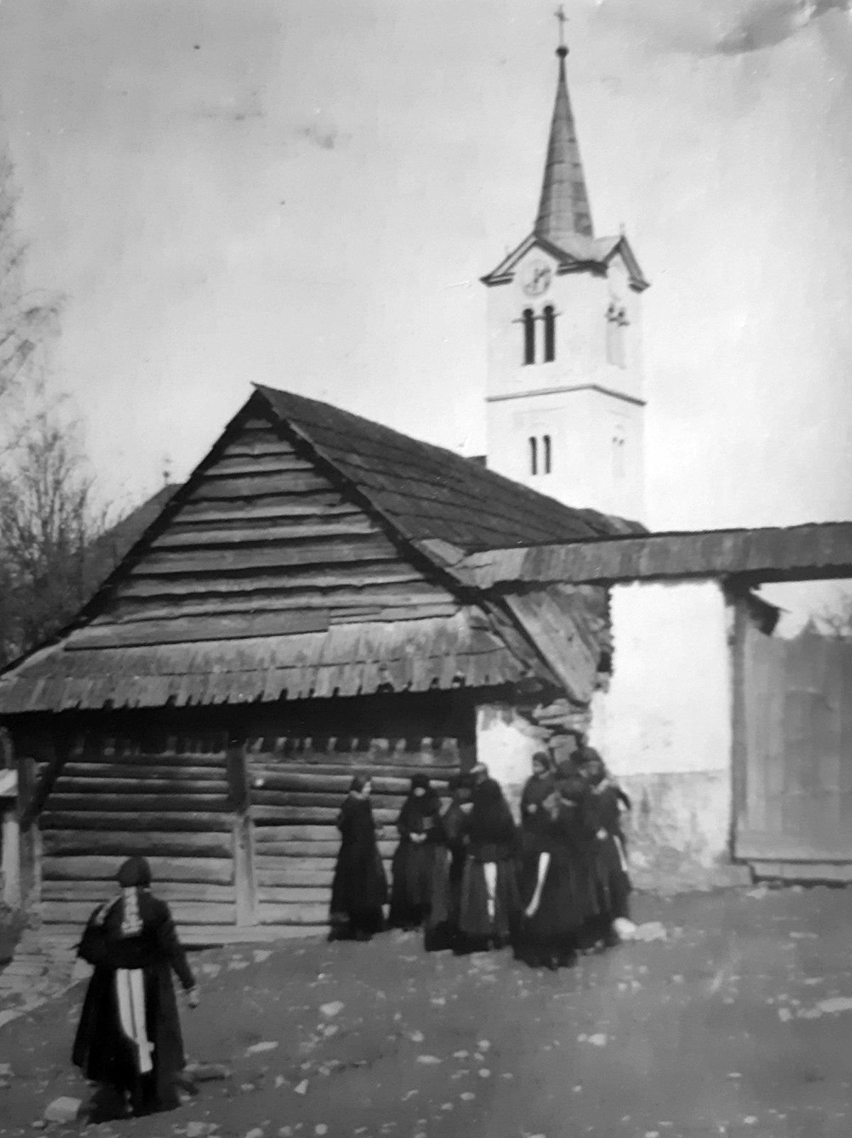 Michael And Sons >> Lomnička (Stará Ľubovňa District) - Wikipedia