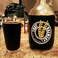 Knotty Nut Brown Ale, THAT Brewery Cottonwood (14992742023).jpg