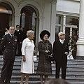 Koningin Juliana en Prins Bernhard met president Heinemann en diens echtgenote o, Bestanddeelnr 254-8985.jpg