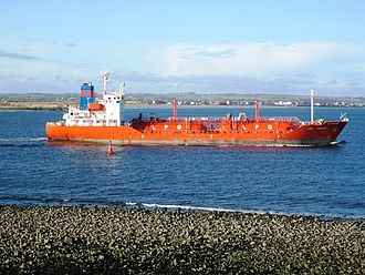 South Gare - LPG Tanker leaving Teesmouth