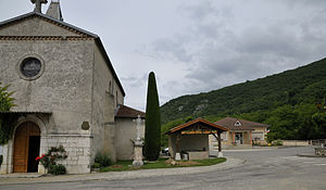 La Baume-d'Hostun - The church and town hall