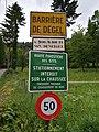 La Rixouse - Panneaux barrière de dégel - route forestière non déneigée (juil 2018).jpg