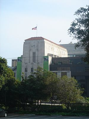 "LA Times building, May 2006, featuring green ""125 Years"" banners, at 1st and Spring, downtown Los Angeles"